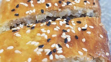 Boulettes de viande en sauce «sulu koftes»