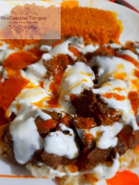 Izmir bombasi : goûter rapide