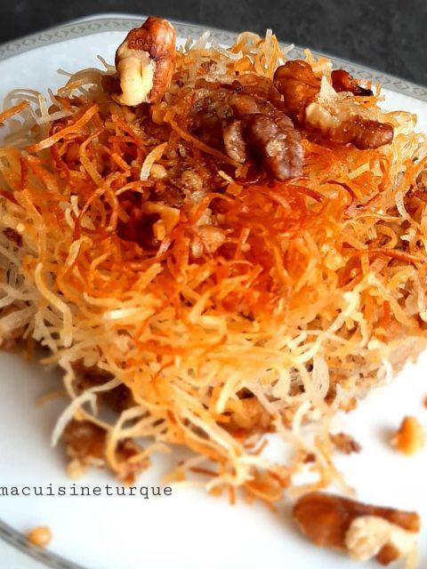 Bouchées au fromage turc et aux noix