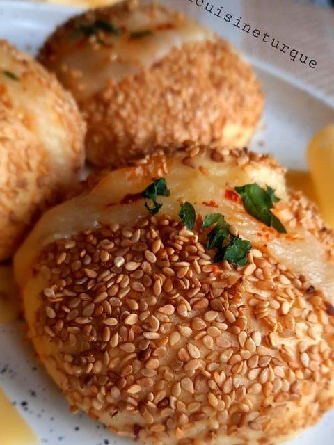 Biscuits apéritif aux graines de nigelle (tuzlu kurabiye)