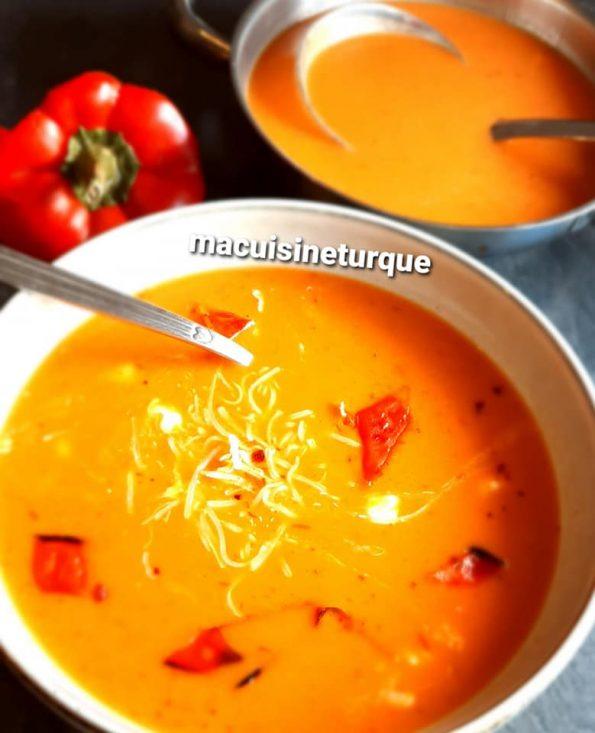 soupe de poivrons rouges